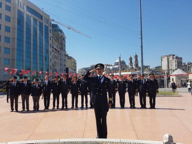 Pilotlar Günü, Taksim'de kutlandı