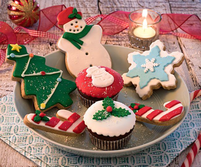 Cakes&Bakes'in yeni yıl lezzetleri BTA ve UNIQ satış noktalarında