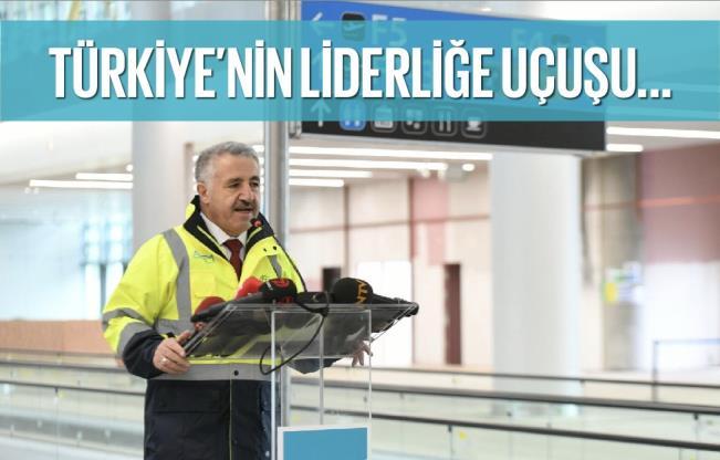 """UDH Bakanı Arslan; """"Türkiye sivil havacılıkta büyümesini sürdürüyor"""""""