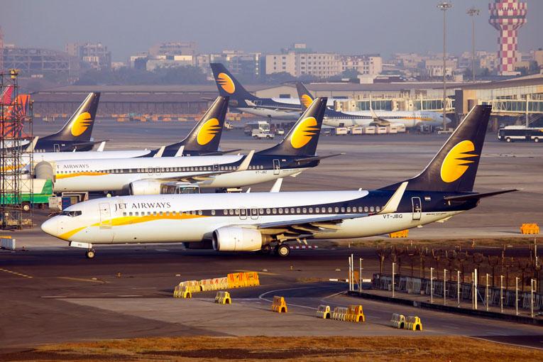 Jet Airways kriz nedeniyle yurt dışı sefererini iptal etti