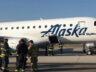 Alaska Havayolları'nın uçağı alev aldı acil indi