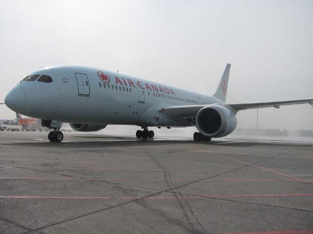 Air Canada Dreamliner ile gelecek artık