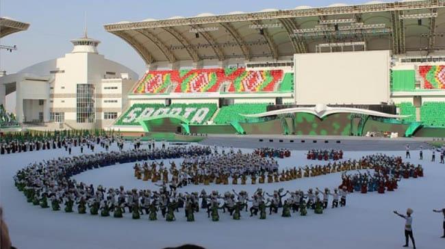 Türkmenistan'a 2 milyar dolarlık havalimanı