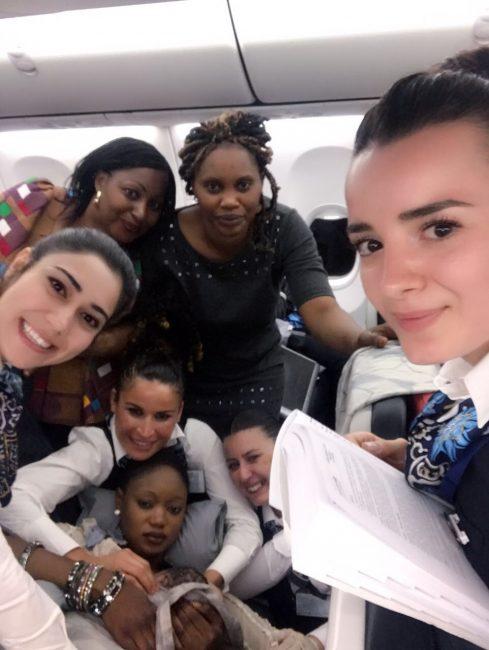 THY uçağında doğum