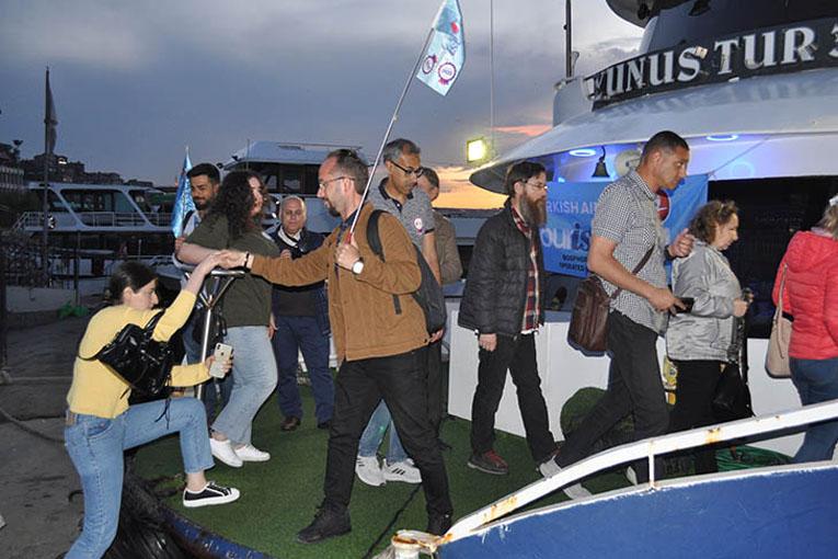 THY, transit yolcularına İstanbul Turu yaptırıyor