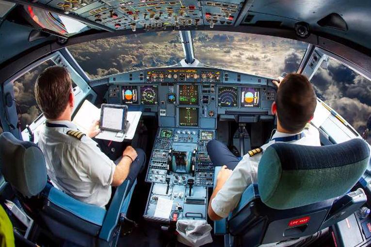 İsviçre'de pilotların makinist olma önerisi