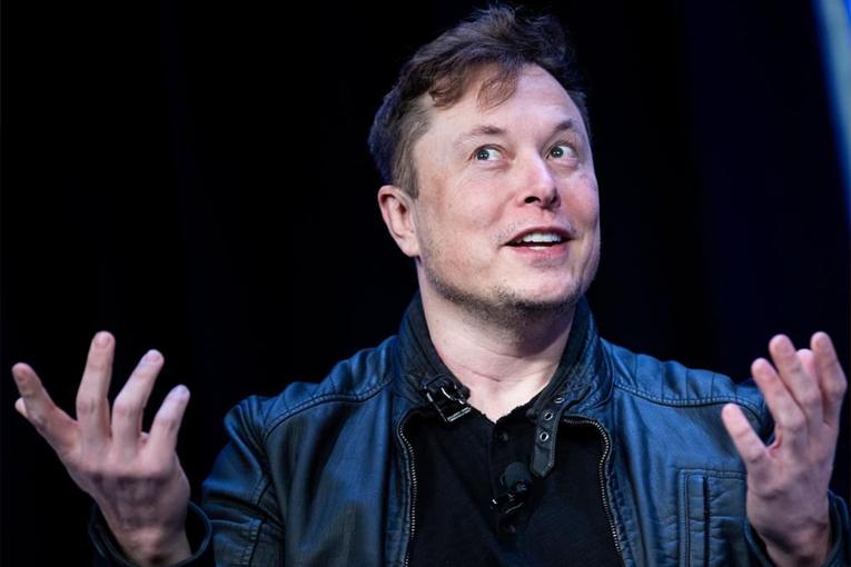 Elon Musk'tan evde kal çağrısına büyük tepki