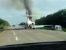 Meksika'da otoyola inen uçak yandı